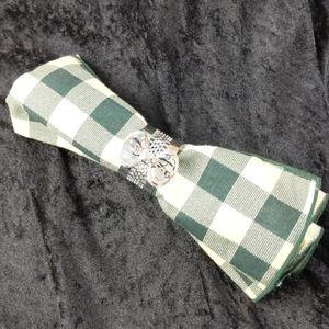 6 NWT bow napkin rings